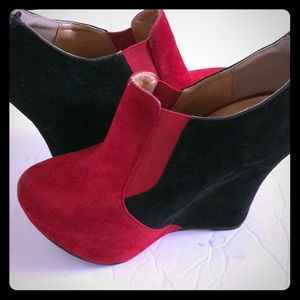 Shoes - Red and black Ankle booties